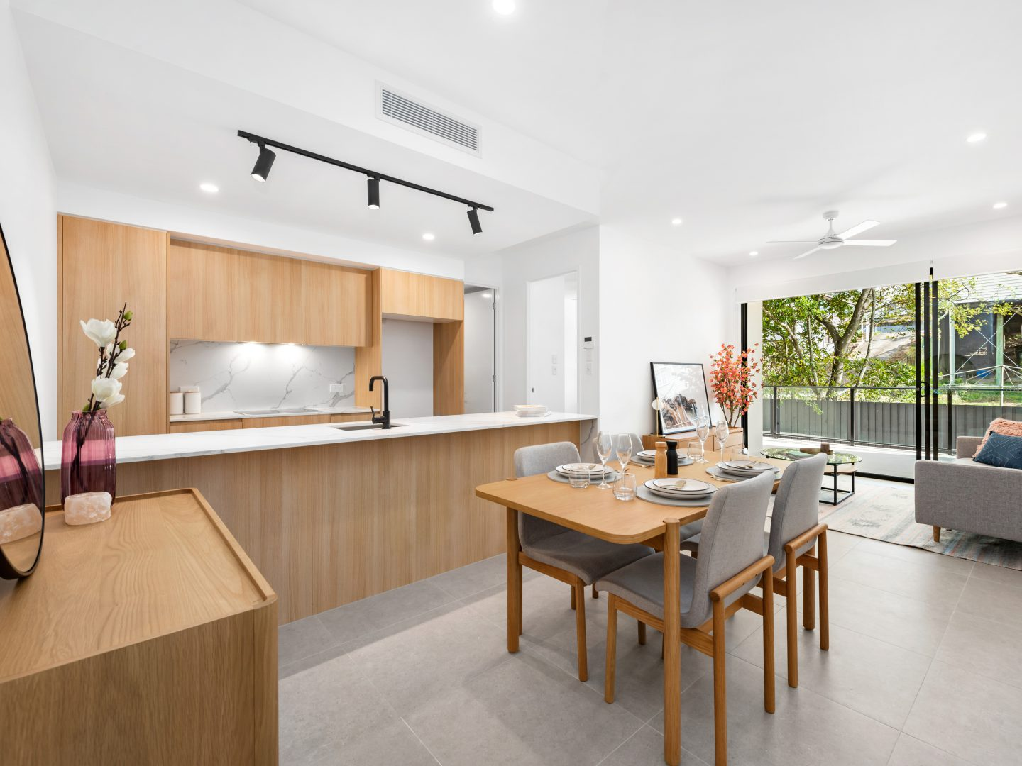 Quattro Indooroopilly Dining Room Kitchen (image supplied by the developer)